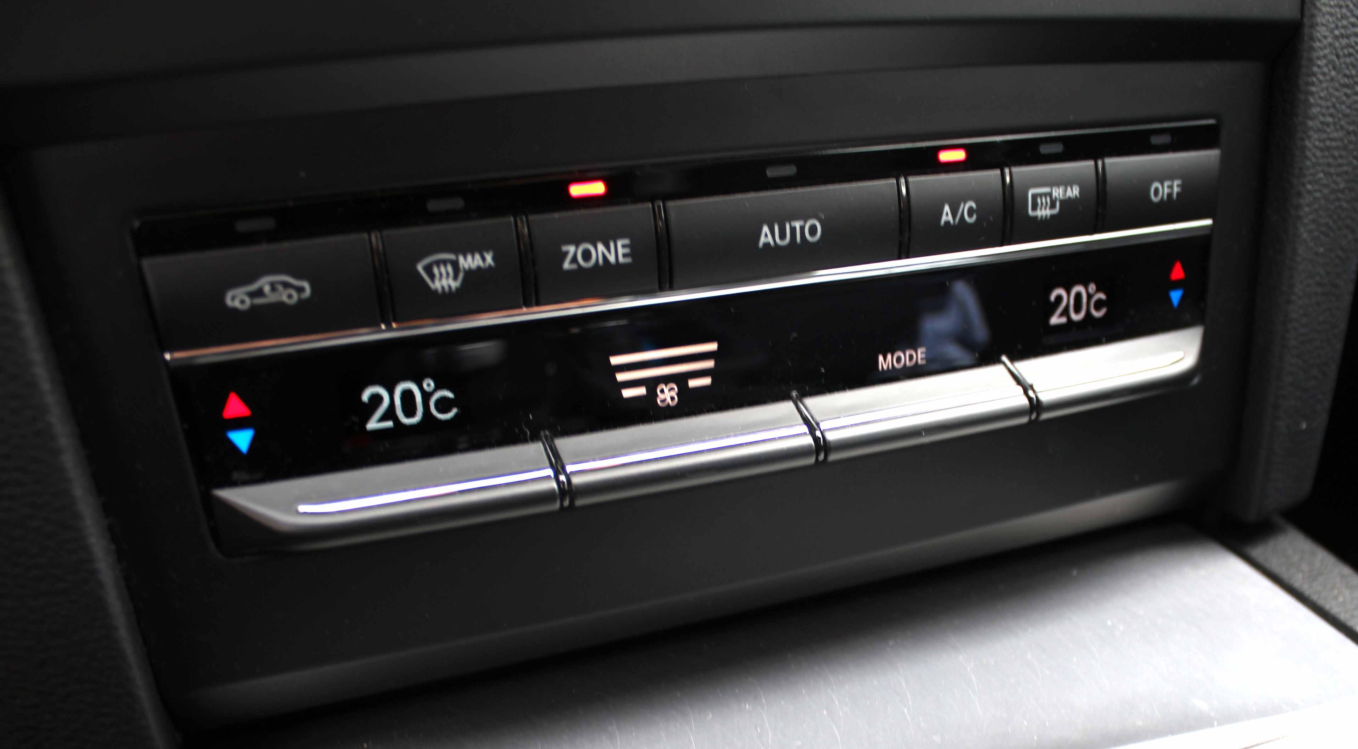 Auto Hirsch in Wildenberg Klimaanlage warten Klimaanlage desinfizieren