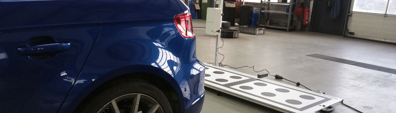 Heckradar Totwinkelassistent kalibrieren justieren Auto Hirsch Wildenberg Seat Audi Skoda VW